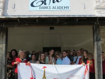Elite Dance Academy celebrates ribbon cutting at new location
