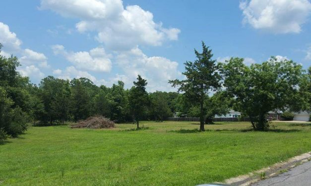 Beautiful desirable acreage to build your dream home