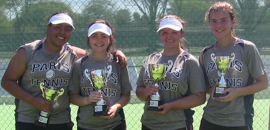 Wildcats Advance to Tennis Regionals