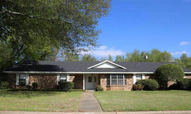 Large family home in Johnson Woods for sale