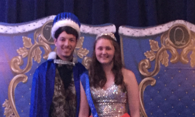 Roxton ISD names Prom King and Queen