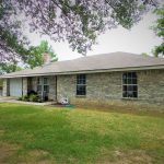 Beautiful 3 bedroom 2 bath home for sale in Blossom, TX