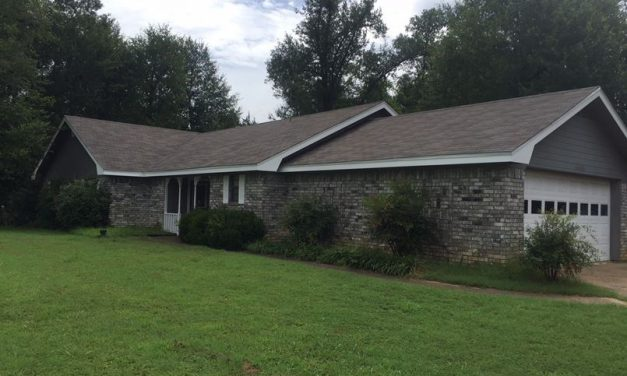 3 bedroom 2 Bath minutes from town in NLISD
