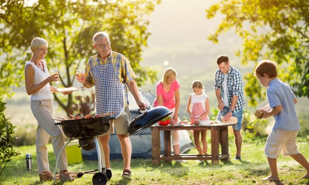 10 Must Have Items for your Family Backyard BBQ