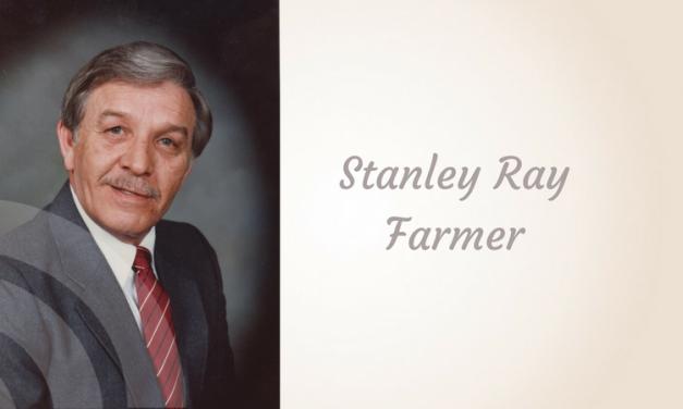 Stanley Ray Farmer of Paris