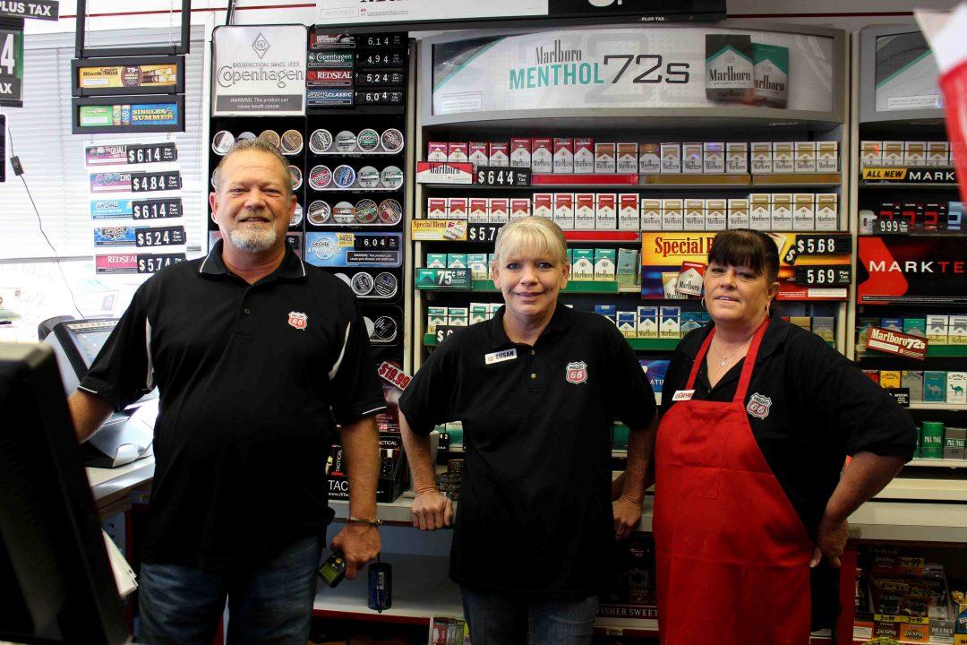 Car Dealerships In Sherman Tx >> Helpful Honda Team visits Paris, TX to give away free gas ...