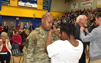 North Lamar honors veterans