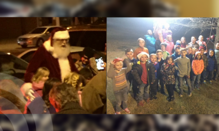 Roxton ISD participates in community tree lighting