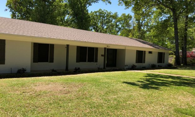 4 bed 3 bath home for sale in Johnson Woods