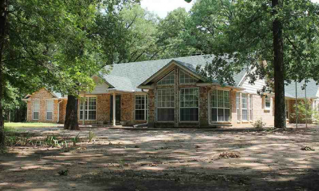 2 bed 2 bath home on 5 acres