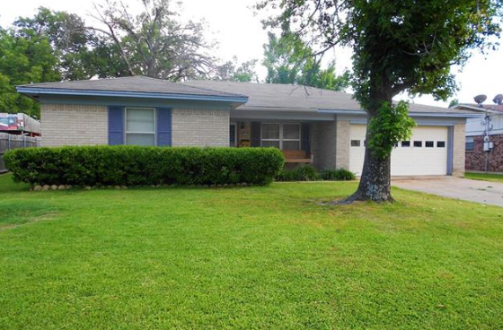 Updated home for sale in Paris ISD school district