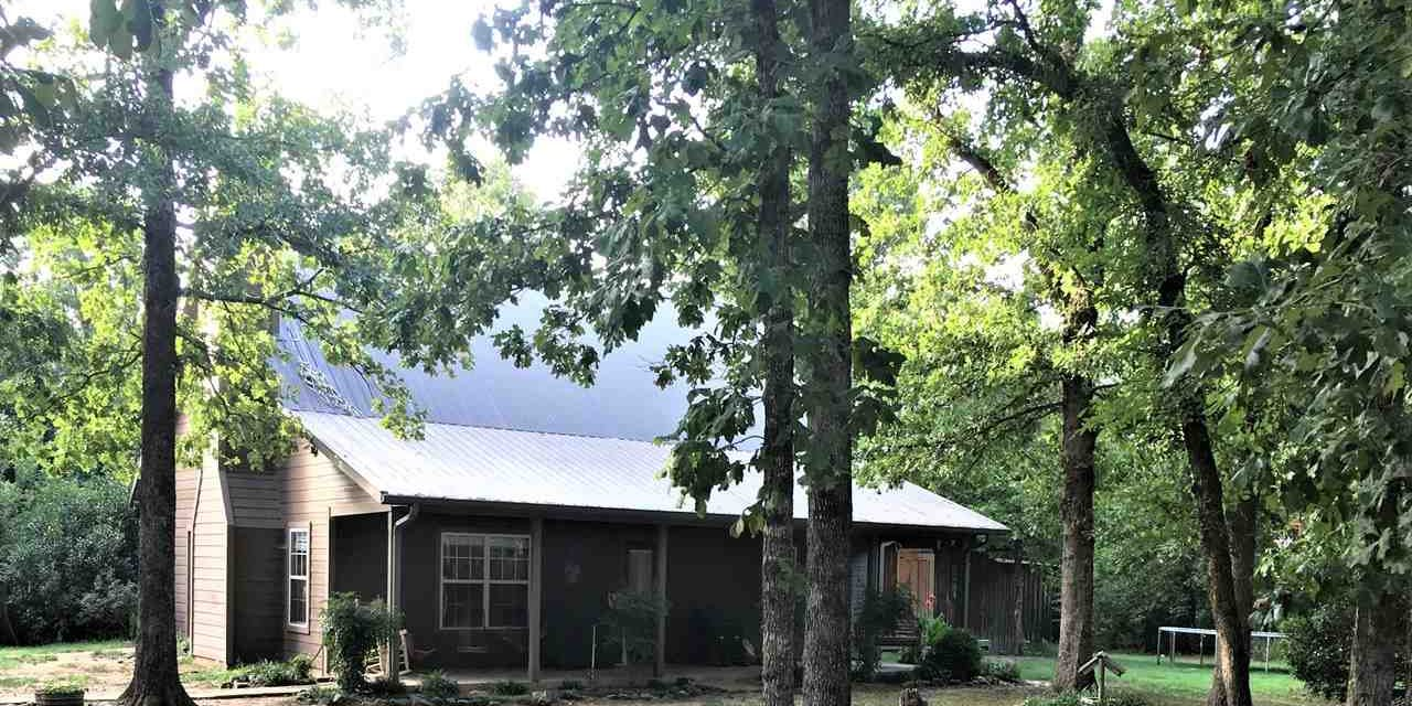 Four bedroom home for sale in Detroit, Texas || $249,900