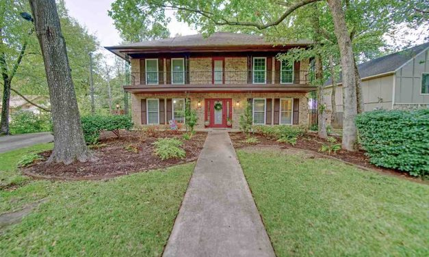 Four bedroom home for sale in Paris, Texas || $337,900