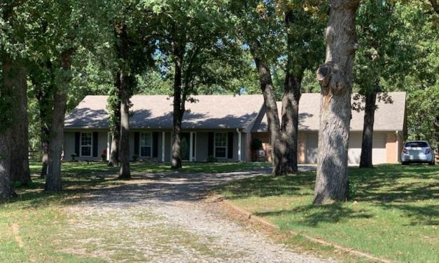Three bedroom home for sale in Powderly, Texas || $189,900