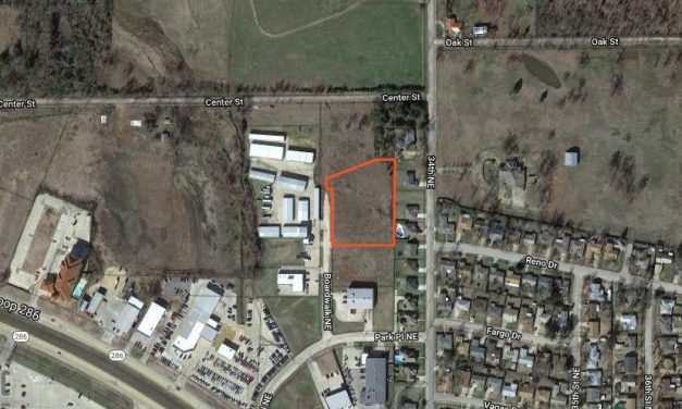 Commercial lot for sale in Paris, Texas    $109,000