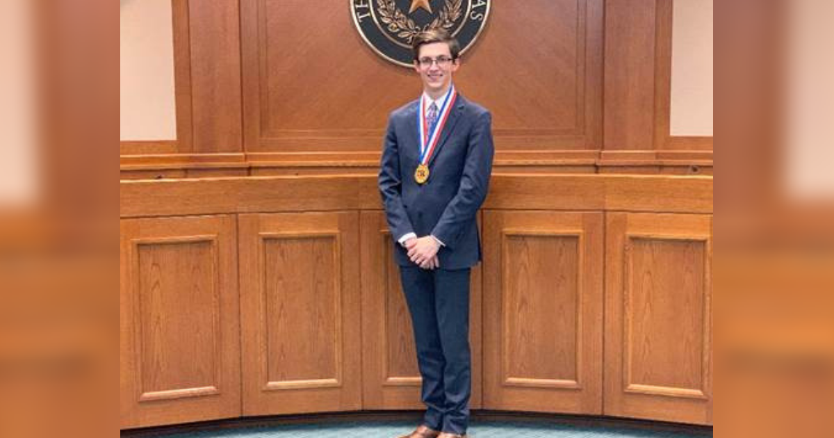 North Lamar's Huffman UIL State Champion