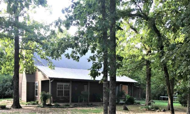 Four bedroom country home for sale in Detroit, Texas    $249,900