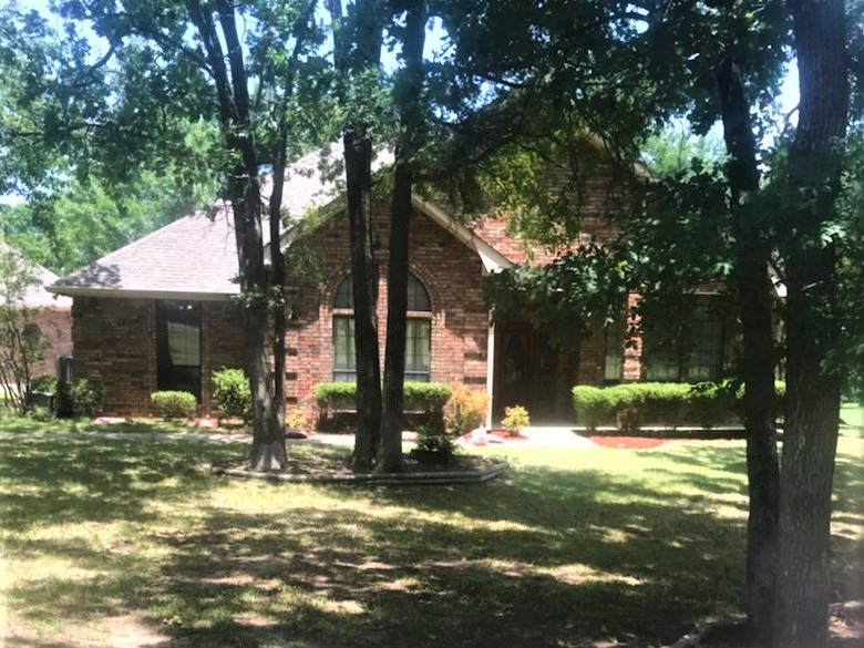 Three bedroom home for sale in Paris, Texas || $295,000
