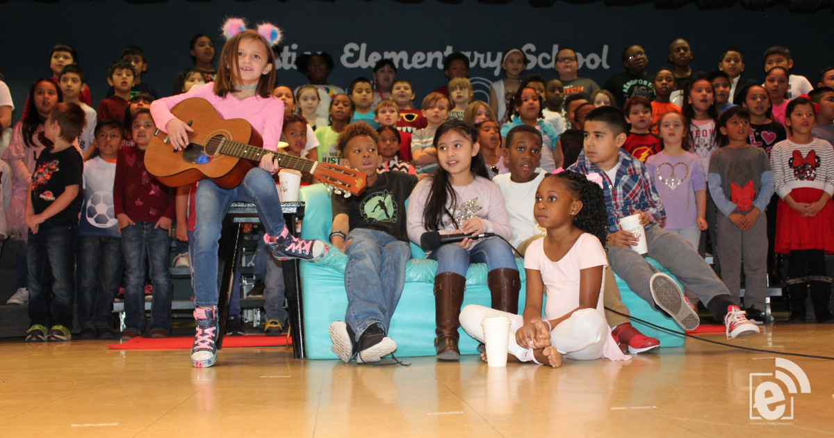 Justiss students perform music program for Valentines