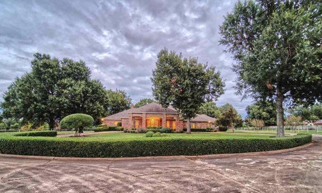 Four bedroom estate for sale in Paris, Texas    $595,000