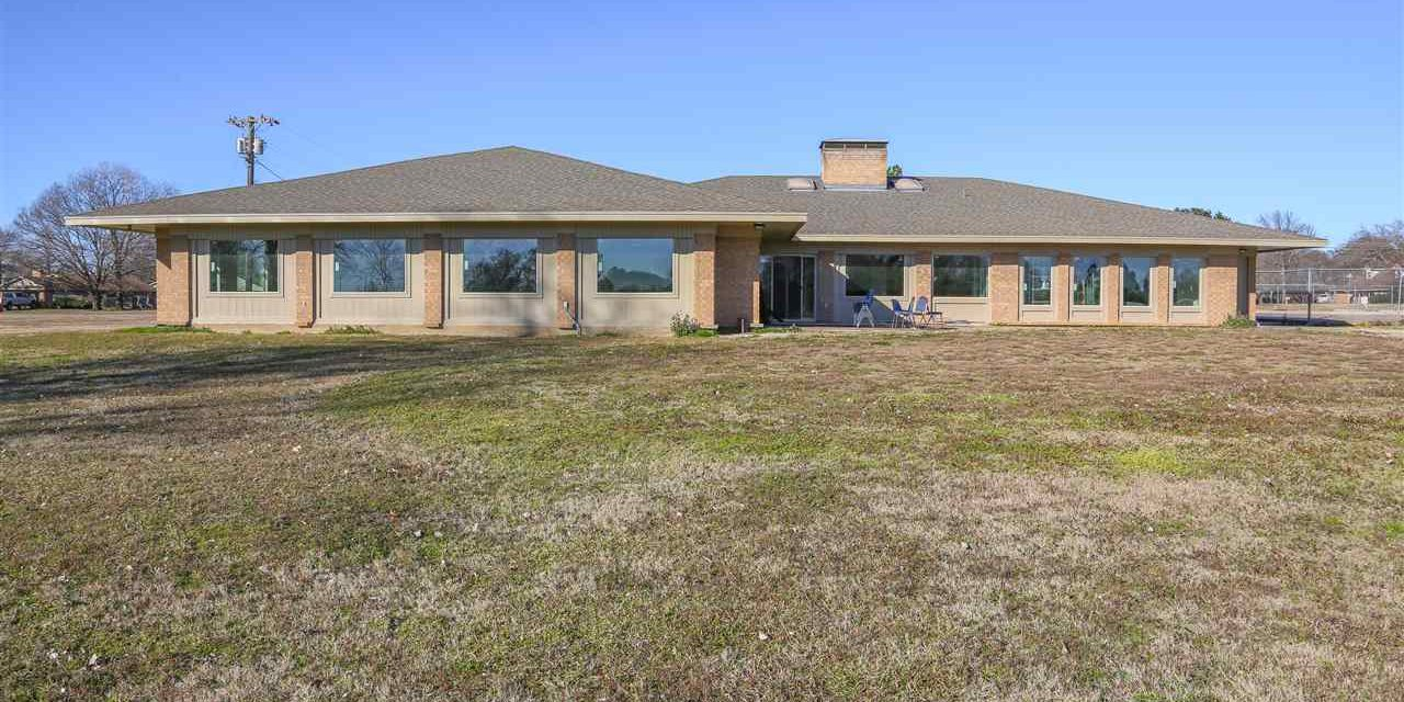 Bonham Country Club for sale || $675,000