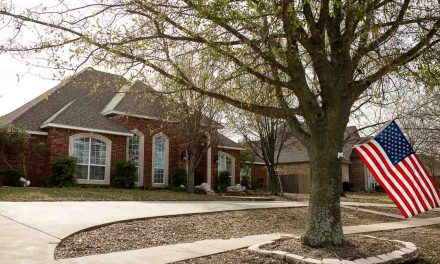 Four bedroom home for sale in Paris, Texas || $329,000