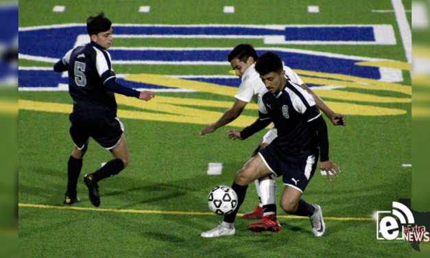 Both Paris soccer teams advance to round three of the playoffs