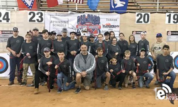 North Lamar archery team competes