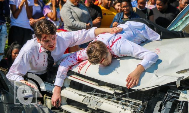 Paris High School mock wreck || Photo gallery
